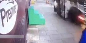"""I shpëton për një """"fije floku"""" vdekjes (Video)"""