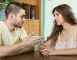 Nëse partneri e bën ndonjërën nga këto dy gjëra, ndahuni nga ai menjëherë