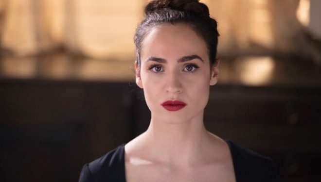 May-Linda Kosumoviç merr titullin 'Aktorja më e mirë' në Festivalin Ndërkombëtar të Teatrit në Tetovë