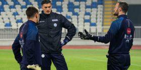 Kosova mbajti stërvitjen e dytë, tani e kompletuar, në fushë Demahasaj e Muriq – Shqetësojnë lëndimet e lehta të Shalës dhe Vojvodës