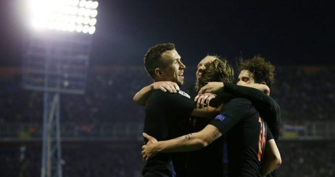 Kroacia mposht Spanjën, futet në garë për vendin e parë në grup