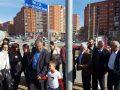 Familja Dehari pranë rrugës që mban emrin e Arbënor e Astrit Deharit