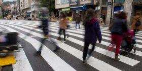 Në Spanjë është vendosur një kalim për këmbësorë rreth 40 metra i gjerë, edhe pse aty kalojnë tre-katër persona (Video)