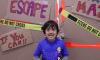 Njihuni me Youtuberin 7 vjeçar i cili fitoi 22 milion dollarë vitin e kaluar