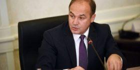 Hoxhaj: Pacolli është njeriu i fundit në Kosovë që duhet të merret me diplomaci