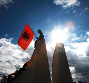 Vulin: Nëse shqiptarët e zgjidhin çështjen kombëtare, këtë do ta bëjnë edhe serbët