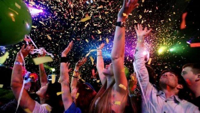 Qyteza australiane ku Viti i Ri festohet tri herë (Foto)