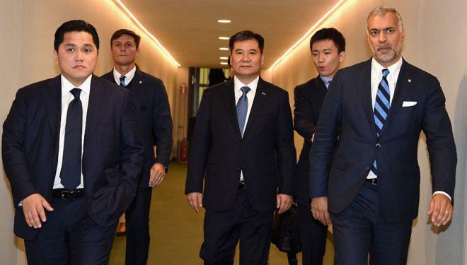 Megjithatë, investitorët nga Hong Kongu duan blerjen e aksioneve të Thohirit te Interi