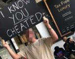 """""""E di se më ke tradhtuar"""": Kështu e priti një djalë të dashurën e tij në aeroport (Foto)"""