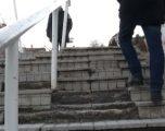 VV-ja akuzon Komunën e Prishtinës se as gjatë 2018-s nuk i rregulloi shkallët e Arbërisë