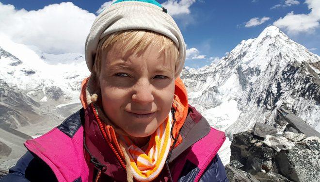 Uta Ibrahimi mësyn majën Dhaulagiri me një grup të përbërë vetëm nga gratë alpiniste