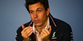 Presidenti i Mercedesit, Wolf: Pa një marrëveshje për Brexit, do të jetë makth për ekipet angleze në Formula 1