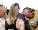 Australianët në festivalin që mbledhë ata të cilët i prenë flokët anash dhe i lënë bishtalecat e gjatë (Foto)