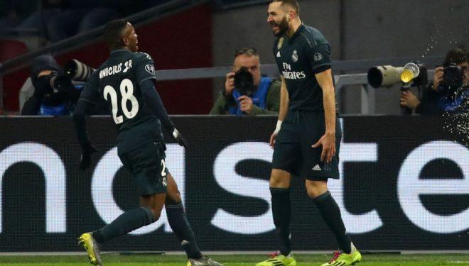 Reali fiton në shtëpi të Ajaxit në ndeshjen e parë