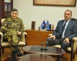 Ministri Mustafa priti në takim komandantin e KFOR-it
