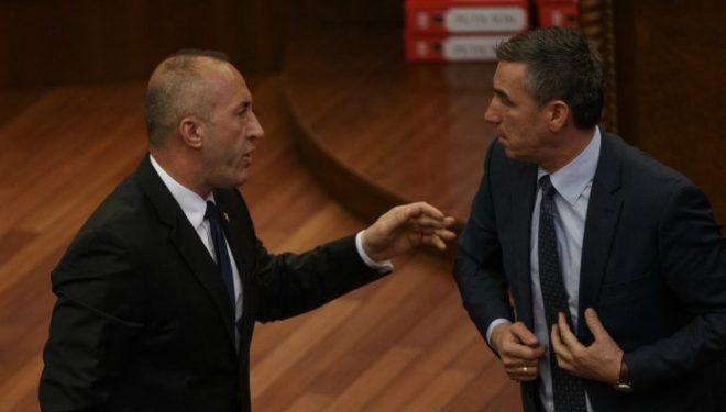 Dikur Veseli i çonte mesazhe të rënda Haradinajt, tash nuk po guxon ta përmend taksën