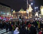 E kërcënojnë me varje djalin e presidentit serb Vuçiq