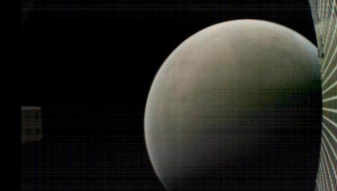 Kaluan rreth Marsit dhe humbën në gjithësi, fluturaket e NASA-s u 'shuan' në mënyrë misterioze (Foto)