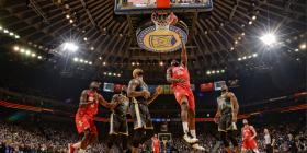 Houston befason kampionin, Lakers pësojnë disfatë nga Pelicans