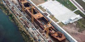 """""""Titaniku që nuk fundoset"""": Ka filluar të merr formë parku kinez, që ka në qendër kopjen me përmasa reale të anijes së famshme (Foto)"""