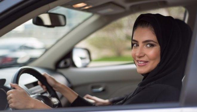 Google refuzon të heqë aplikacionin Saudit për gjurmimin e grave