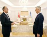 Presidenti Thaçi pranon letrat kredenciale nga ambasadori i ri i Turqisë