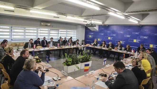 Tahiri u flet ambasadorëve të BE-së për zhvillimet në sundimin e ligjit