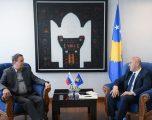 """Haradinaj priti përfaqësuesit e Bankës sllovene """"SID Bank"""""""