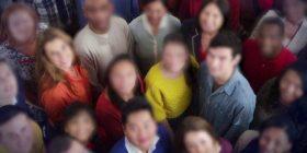 Gruaja që nuk i njeh as fytyrat e familjarëve të saj diagnostikohet me një çrregullim të rrallë