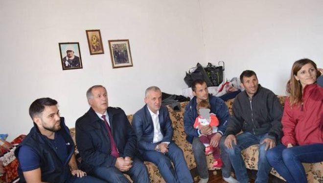 """Shoqata """"Jetimat e Ballkanit"""" ndërton tre shtëpi në Malishevë"""