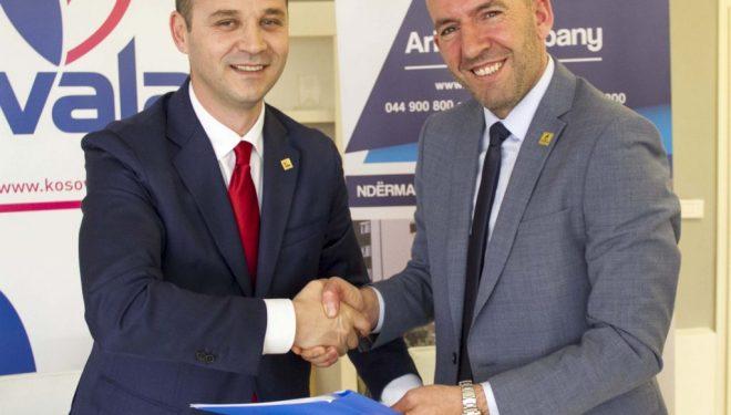 """Spitali i Mitrovicës dhe """"Ariani Company"""" i shtojnë VALA-s 650 konsumatorë të rinj"""