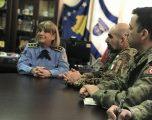 Komandanti i KFOR-it Gjenaral  Lorenco D`ADARIO me bashkëpunëtor sotë kanë vizituar drejtorin Rajonale të policisë së Kosovës në Gjilan