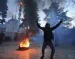 Protesta në Tiranë: Dhunë dhe përplasje mes policisë dhe protestuesve