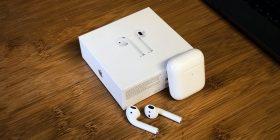 Gëlltiti kufjet Apple AirPods, ende funksiononin edhe në stomakun e tij
