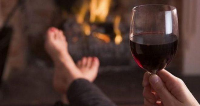 A është vera shkaku i dhimbjeve të kokës?