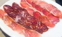 Proshuta dhe salsiçet janë kancerogjene, sipas britanikëve