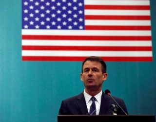 Diplomati amerikan Hale vjen në Kosovë, taksa dhe dialogu arsyet kryesore të vizitës