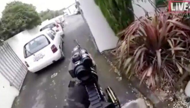 Publikohen pamjet e plota të xhirimeve nga kamera në kokën e sulmuesit në xhaminë në Zelandën e Re.