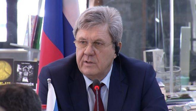 Diplomati rus: Mos më pyetni mua, amerikanët po flasin për ndryshim kufijsh