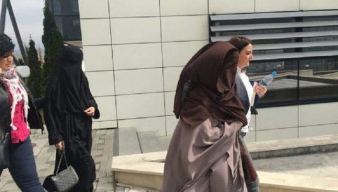 Një nga të kthyerat nga Siria pranon se burri i saj paguhej në baza mujore për pjesëmarrje në luftë