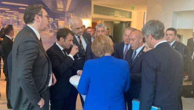 Diplomati gjerman: Ngecja e dialogut e rrezikshme, Parisi një mundësi e mirë për të rifilluar bisedimet
