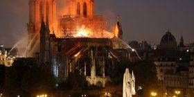 Apple dhuron para për rindërtimin e katedrales Notre Dame