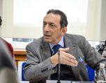 Ministri Reka nuk premton heqjen e vizave më 2020