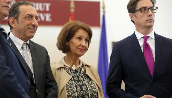Pendarovski fiton raundin e parë të zgjedhjeve për president të Maqedonisë së Veriut