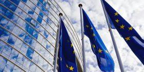 Ligji i ri i Bashkimit Evropian që mund të gjobisë Facebook, Twitter dhe YouTube