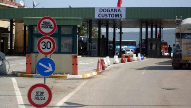 Edhe zyrtarisht nga ora 6 e mëngjesit janë mbyllur kufijtë tokësorë në Kosovë