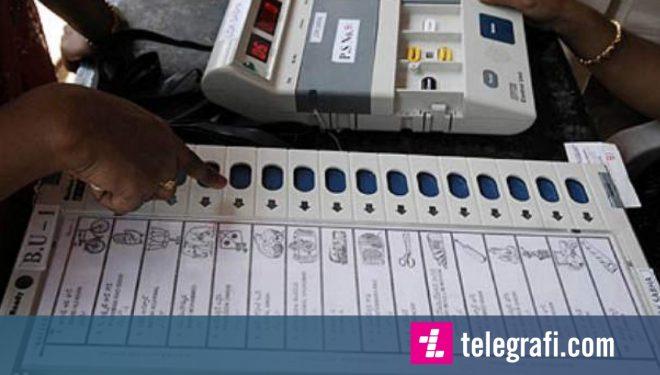 """Kishte votuar """"partinë e gabuar"""", votuesi në Indi këput gishtin e tij (Foto/Video)"""