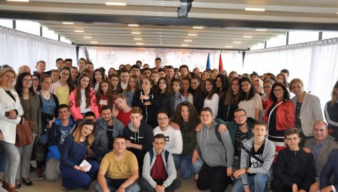 Përmbyllet Programi i Shkëmbimit të Nxënësve mes Kosovës dhe Shqipërisë