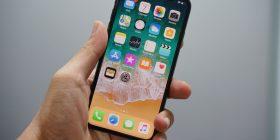 Apple ka mjaftueshëm kapacitete nëse bllokohet prodhimi i iPhone në Kinë