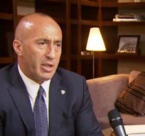 """Haradinaj ia kthen goditjen Veselit, e akuzon për """"servilizëm të tepruar"""" ndaj Amerikës"""